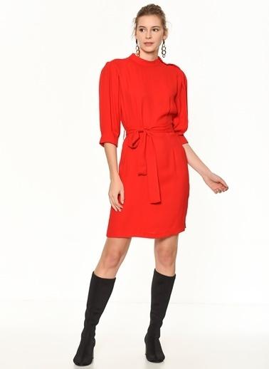 Random Omzu Düğmeli Truvakar Kol Elbise Kırmızı